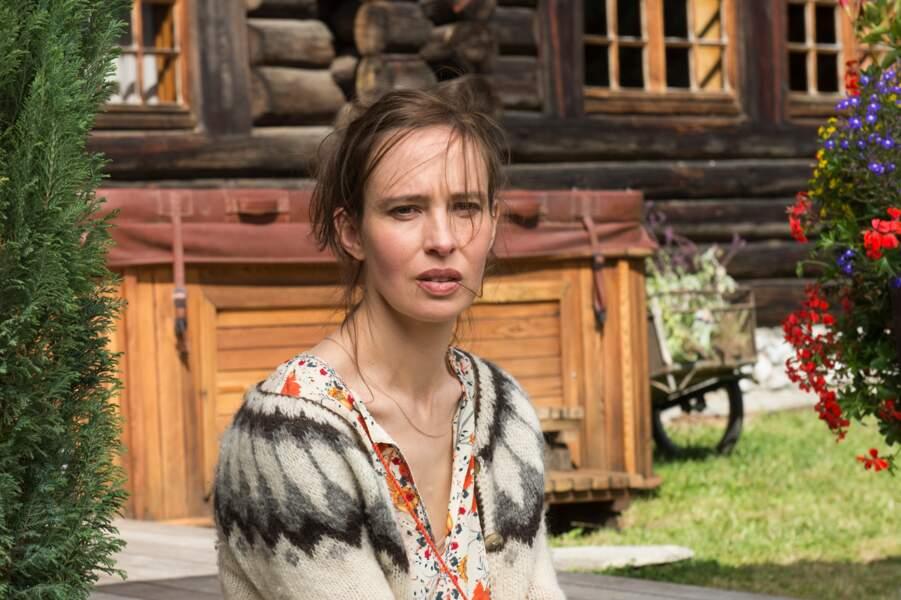 Mathilde Rayanrd : l'actrice Nade Dieu
