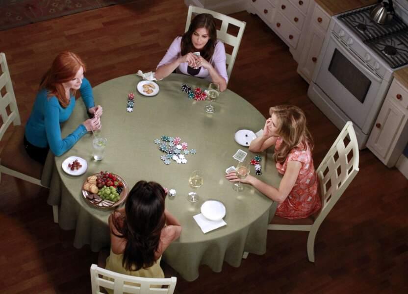 Poker entre filles : une tradition dans Desperate Housewives