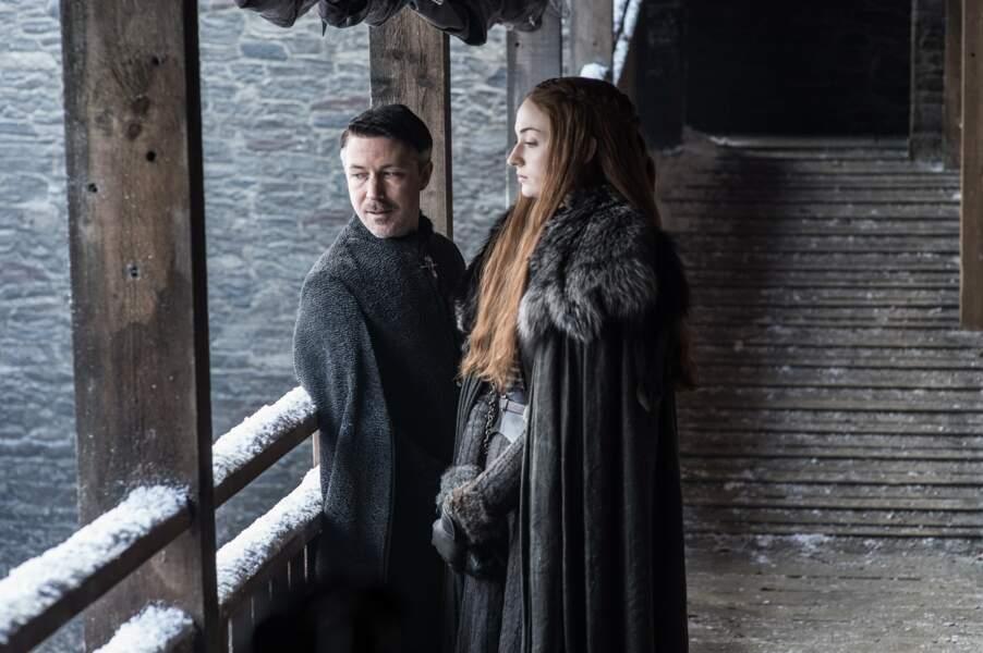 Après avoir aidé les Stark, Littlefinger semble être revenu dans les bonnes grâces de Sansa