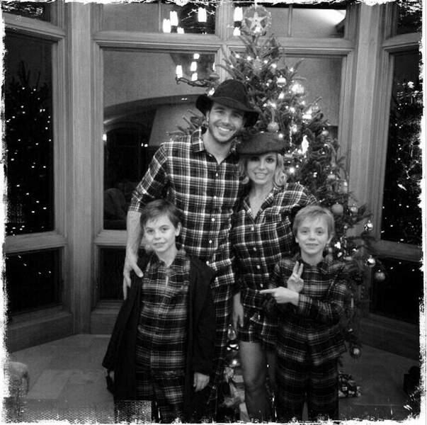 Britney Spears vous souhaite un Joyeux Noël ! Britney avait invité son nouveau boyfriend pour les fêtes en famille