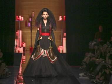 Conchita Wurst, star du défilé de Jean-Paul Gaultier