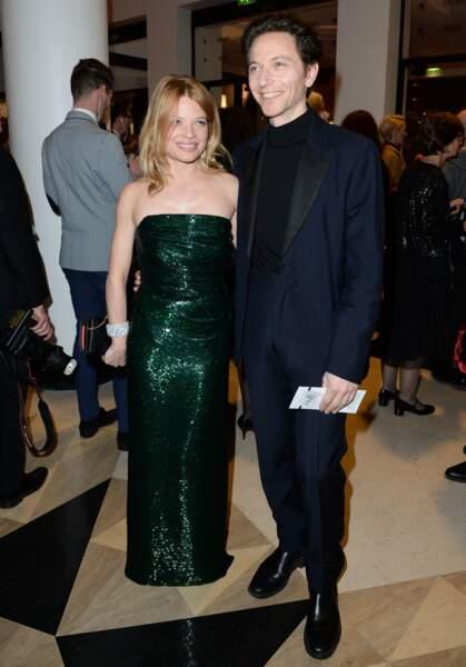 Melanie Thierry et Raphael Haroche. Elle est nommée pour le César de la meilleure actrice pour La douleur
