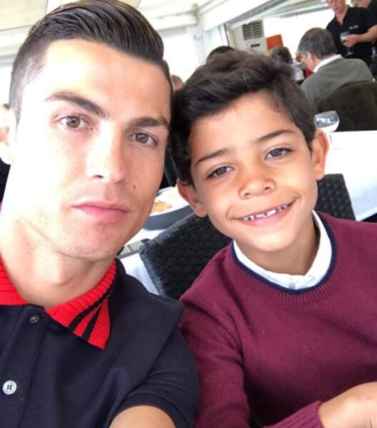 Déjeuner père-fils pour les Ronaldo.