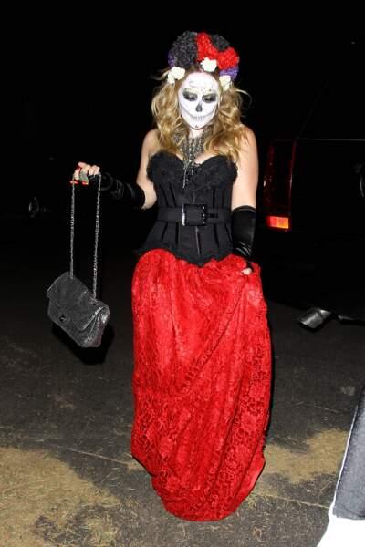 Inspirés par le costume du jour des morts d'Hilary Duff, peut-être ?