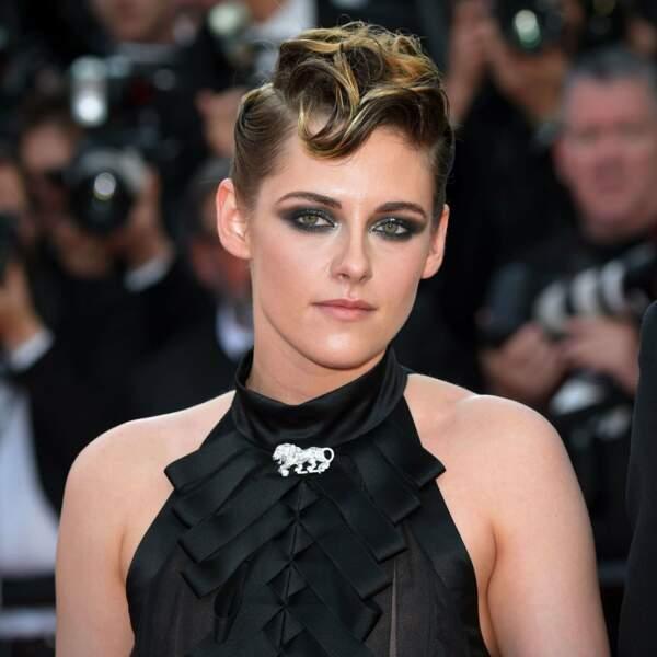 Elle se tourne ensuite vers les films d'auteur et change de look