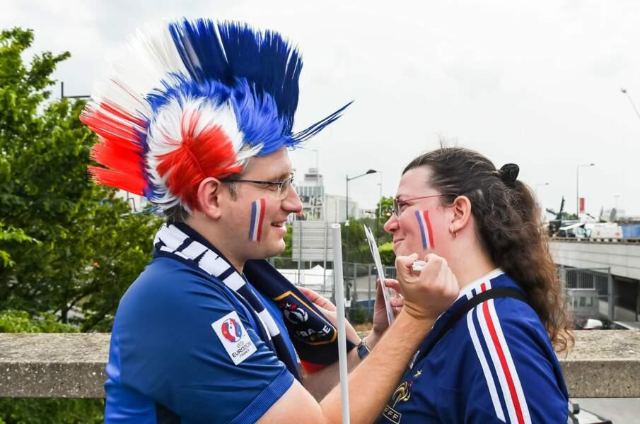 C'est vachement plus facile de se mettre aux couleurs de la France !