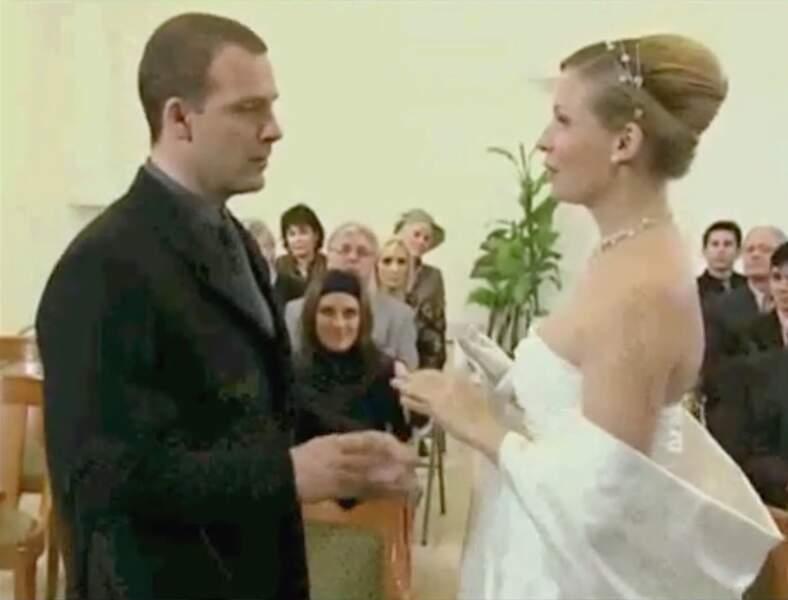 Vous souvenez-vous de son mariage en 2005 avec le jeune et bel architecte Vincent Chaumette (Serge Dupire) ?