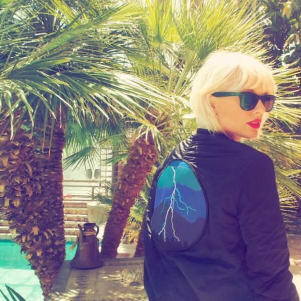 Taylor Swift est devenue blonde platine.