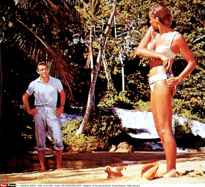 James Bond contre Dr No (1963), Ursula Andress face à Sean Connery