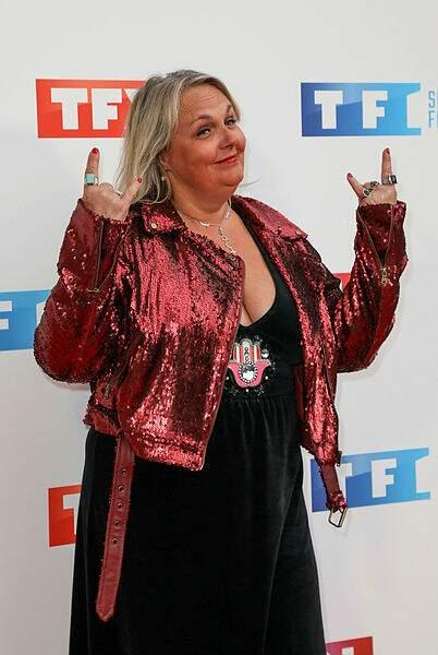 Tout en sequins, voici Valérie Damidot !