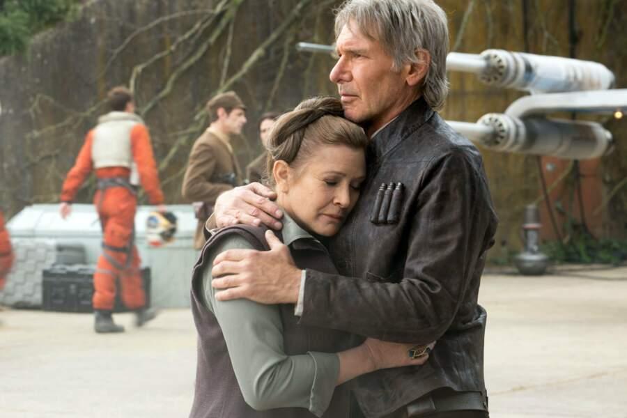 Leia et Han Solo: retrouvailles au sommet dans Le Réveil de la Force (2015)