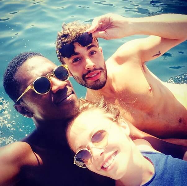 Une chose est sûre, ces trois-là aiment beaucoup les selfies...