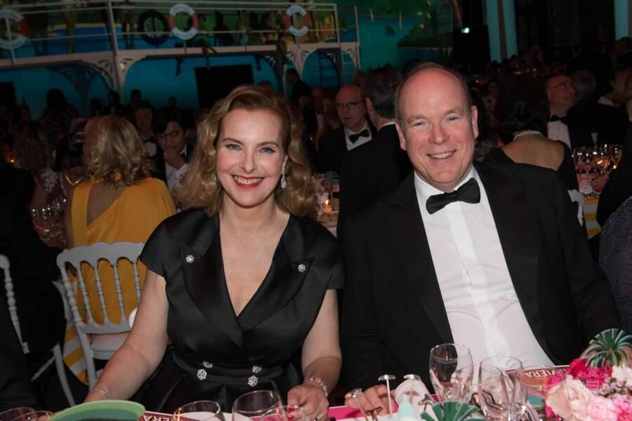 Carole Bouquet était installée aux côtés du prince Albert II