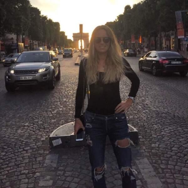 Caroline Wozniacki s'immortalise sur la plus belle avenue du monde