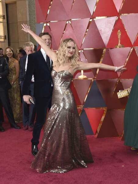 Jennifer Lawrence en grande forme (un chouia pompette parait-il)