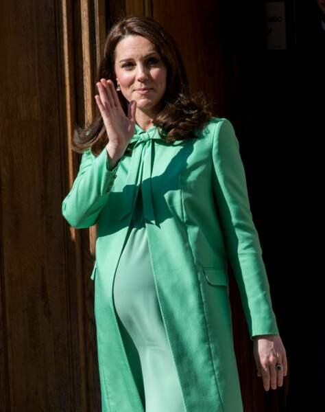 Kate toujours aussi radieuse malgré des débuts de grossesse difficiles
