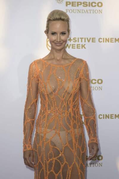 De toutes les soirées, Lady Victoria Hervey avait gardé sa robe filet