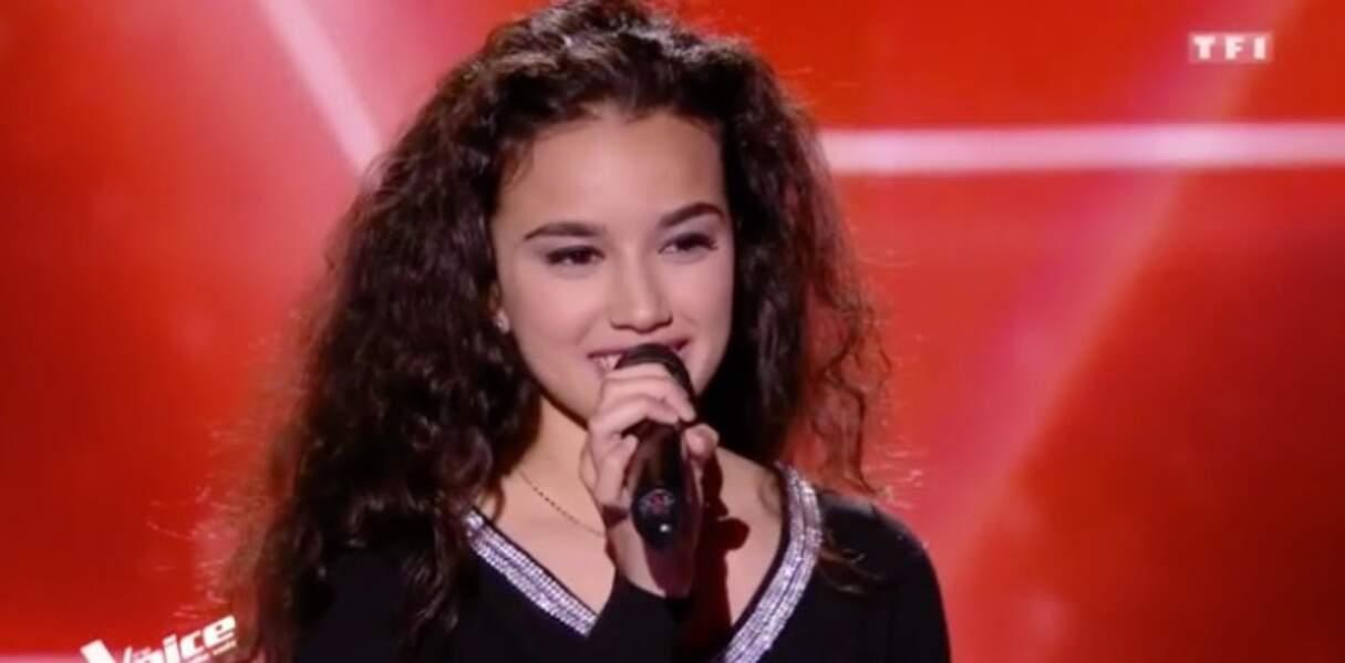 Lilya, 17 ans, est dans l'équipe de Mika