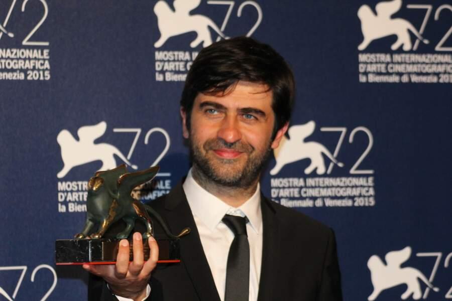 Emin Alper, ravi de son prix spécial du Jury pour son film Abluka (Frenzy)