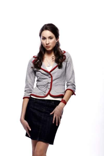 Troian Bellisario alias Spencer Hastings est l'un des quatre personnages principaux de la série.
