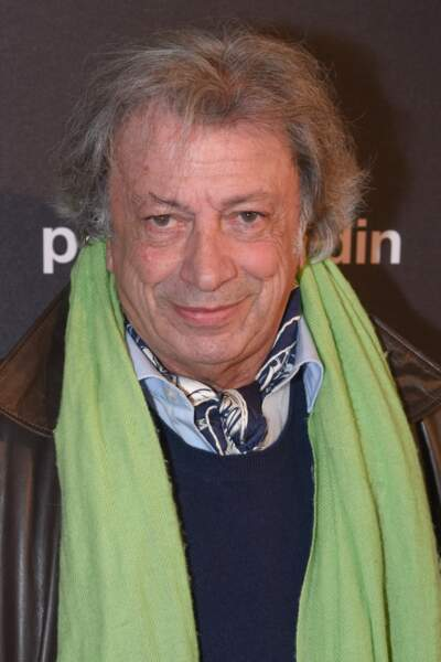 Dans la même lignée : Hervé Vilard a rejoint les people sur tapis rouge