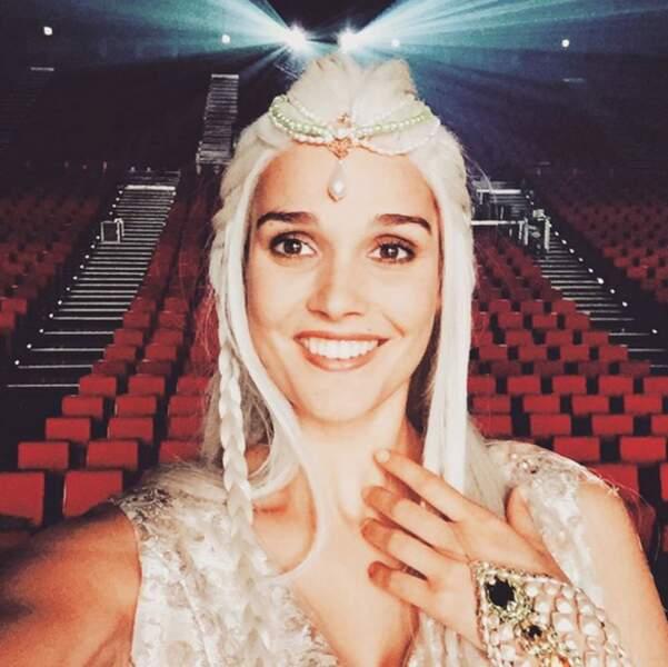 Et la chanteuse Camille Lou nous a fait une petite Daenerys Targaryen (Game of Thrones) !
