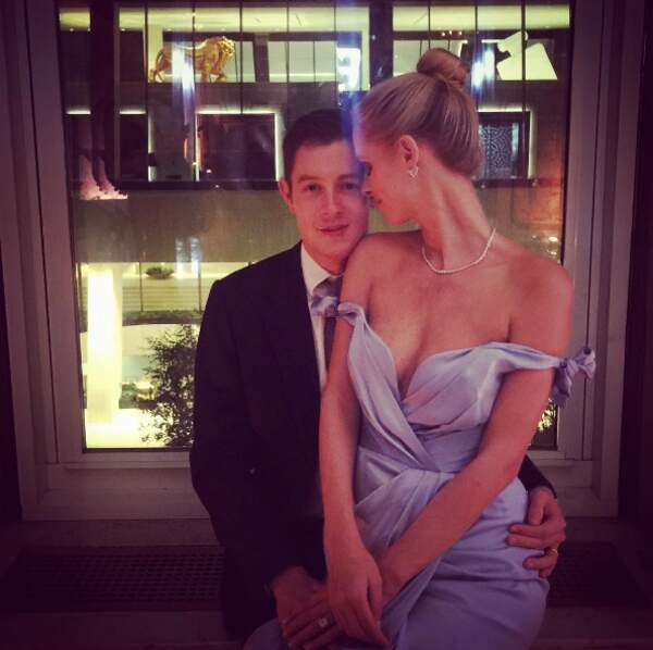 Aussi cute que Nicky Hilton et son mari, James Rothschild.