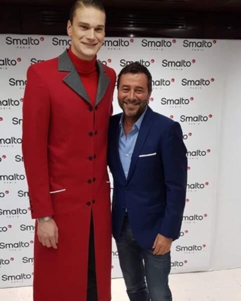 Yannick Agnel est-il très grand ou Bernard Montiel très petit ? Vous avez 4 heures.