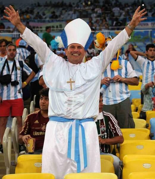 Le pape François aussi (enfin, on ne nous la fait pas à nous, ce n'est pas le vrai pape, hein...)