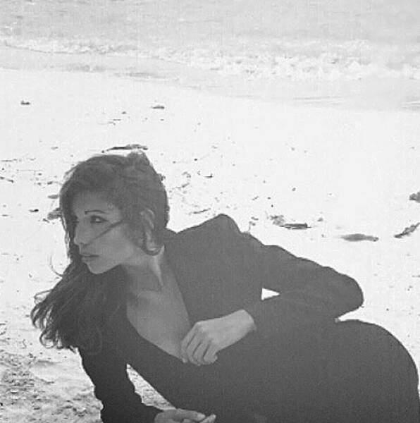 Alexandra Rosenfeld, elle, prend du bon temps sur la plage...