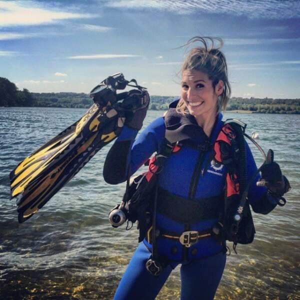 Laury Thilleman est partie faire de la plongée.