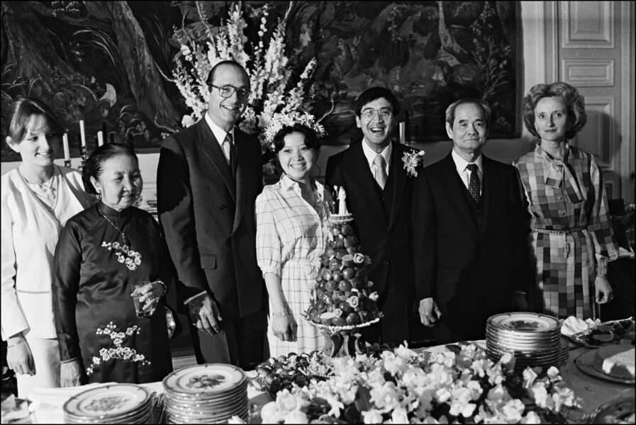 Le 27 juin 1981, Bernadette marie sa troisième fille -adoptive- Anh Dao. La famille est au complet !