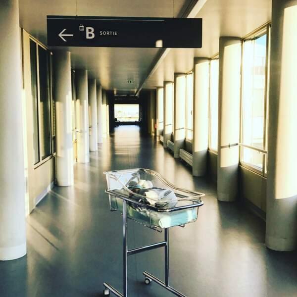....le 2 septembre dernier, la bonne nouvelle, par ce cliché pris dans les couloirs de la maternité
