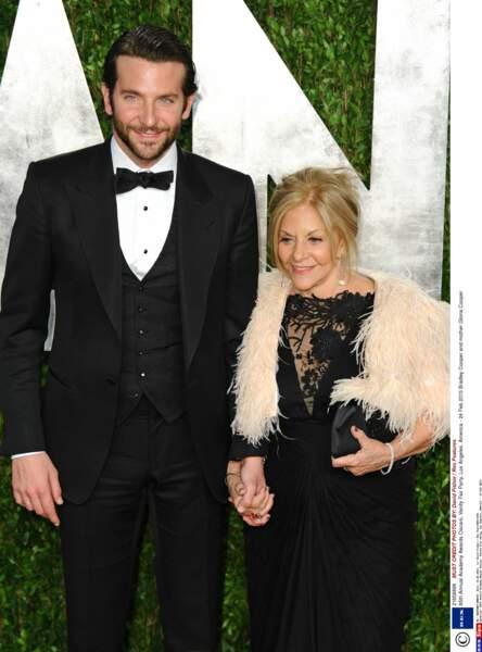 Mais la vraie femme de la vie de l'acteur reste sa maman : Gloria !