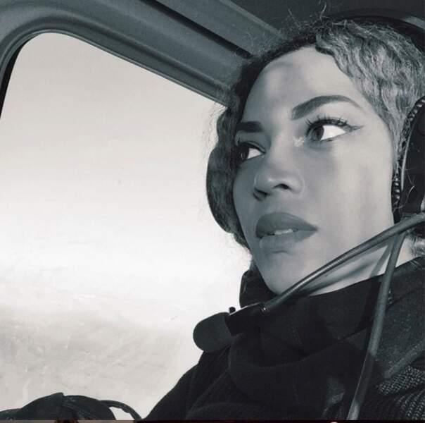 Petit tour en hélicoptère pour Queen B