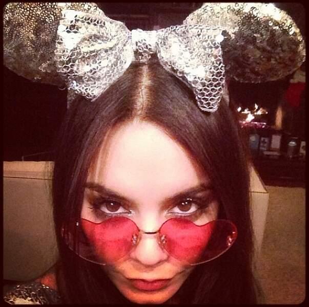 Elle n'oublie pas ses origines Disney ! Vanessa en Minnie moderne !