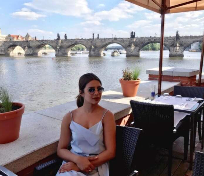 Tournée européenne oblige, Priyanka Chopra est à Prague