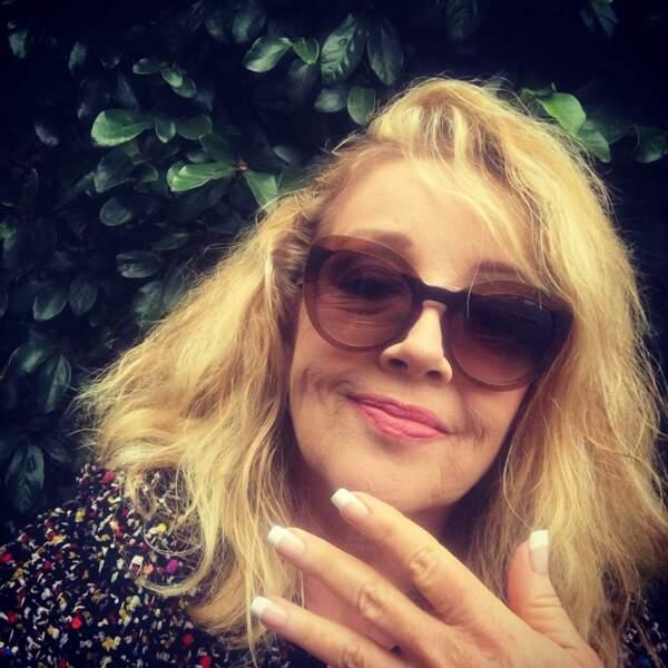 C'est Melody Thomas Scott, alias Nikki Newman dans Les Feux de l'amour