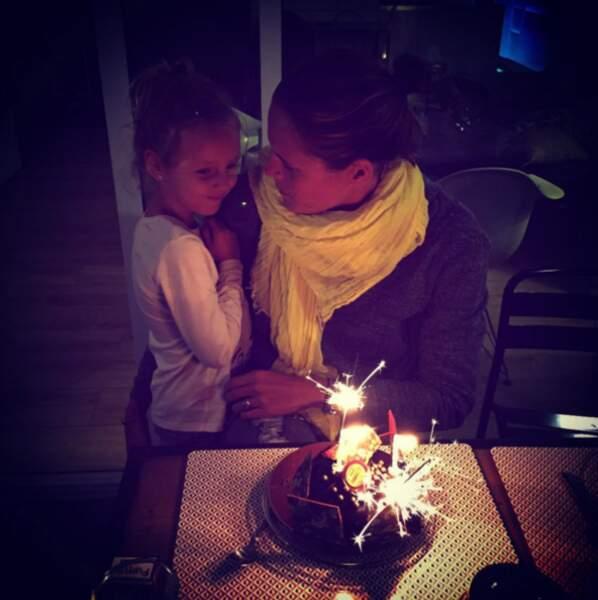 En octobre, elles fêtaient l'anniversaire de maman, l'or. Demain, Manon soufflera ses 6 bougies !