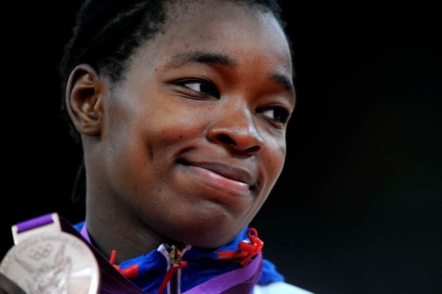 Le sourire triste d'Audrey Tcheumeo. Elle était venue pour l'or, elle se contente du bronze