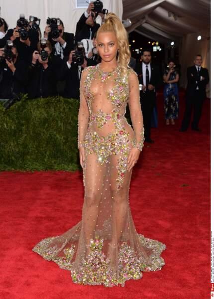 Difficile de faire plus transparent que la robe de Beyoncé