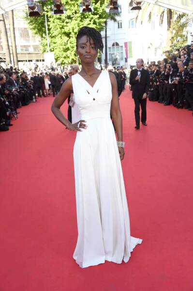 La ravissante Aïssa Maïga, toute de blanc vêtue
