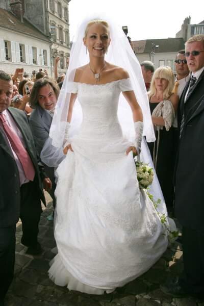 Pour son mariage avec Bertrand Lacherie en 2006, Elodie Gossuin avait dessiné elle-même cette robe romantique !