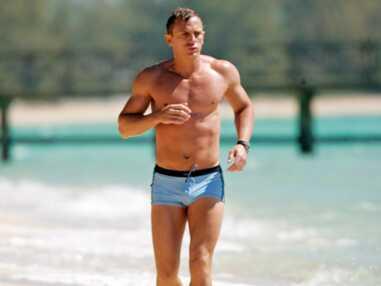 Alain Delon, Daniel Craig, Paul Walker... Les plus beaux acteurs en maillot de bain (et quelques insolites)