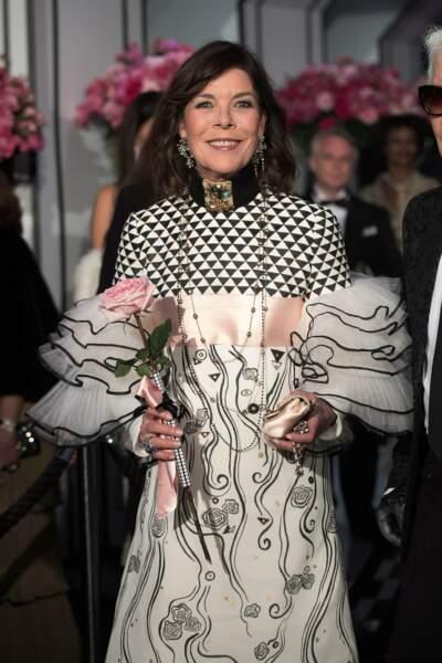 Maîtresse de cérémonie en l'absence du couple souverain, Caroline de Hanovre était resplendissante en Chanel