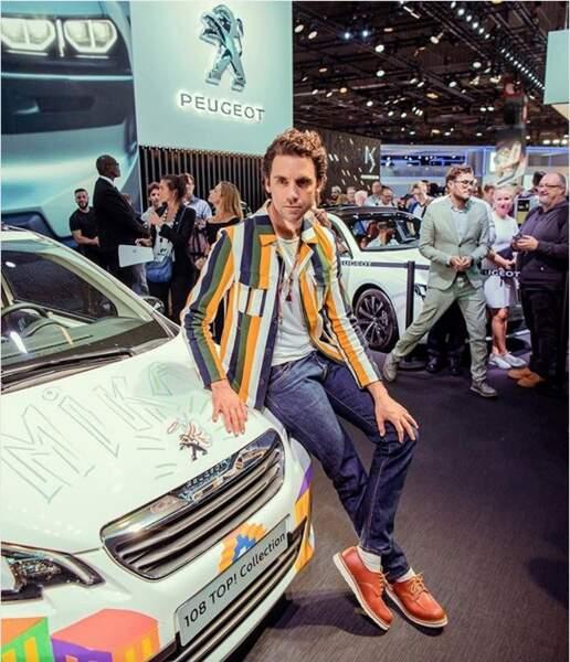 Mika préfère, lui, la voiture