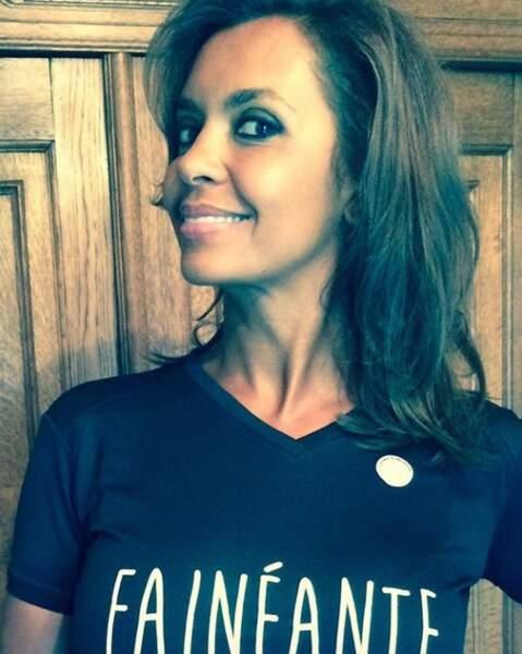 Karine Le Marchand a (encore) sorti un t-shirt à message trop rigolo