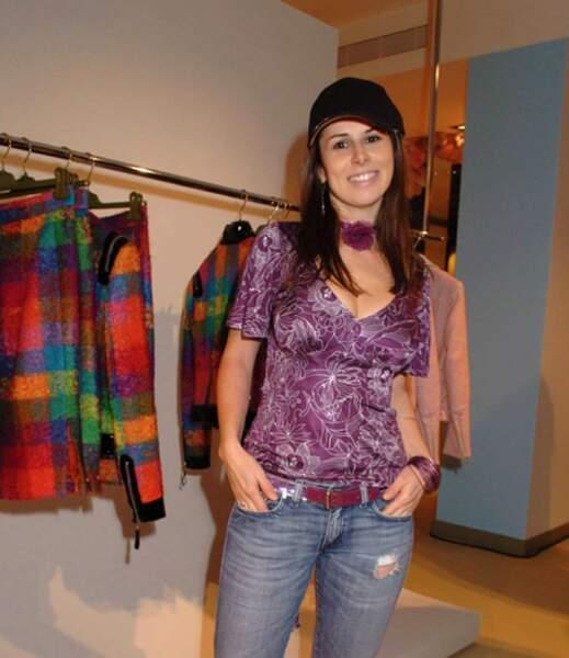 Après avoir été candidate dans les colocataires sur M6, Jessyca Falour a intégré TPMP en 2011.