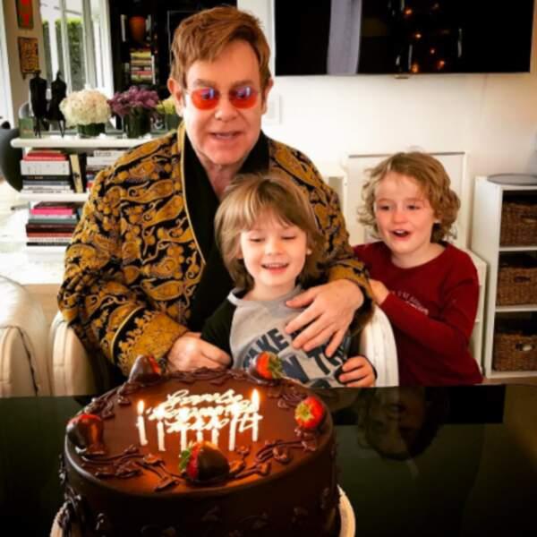 Elton John fêtait le sien avec ses fils, Zachary et Elijah.