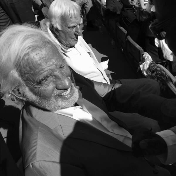 Le saviez-vous ? Jean-Paul Belmondo reste assis toute l'année à sa place sur le court central de Roland-Garros